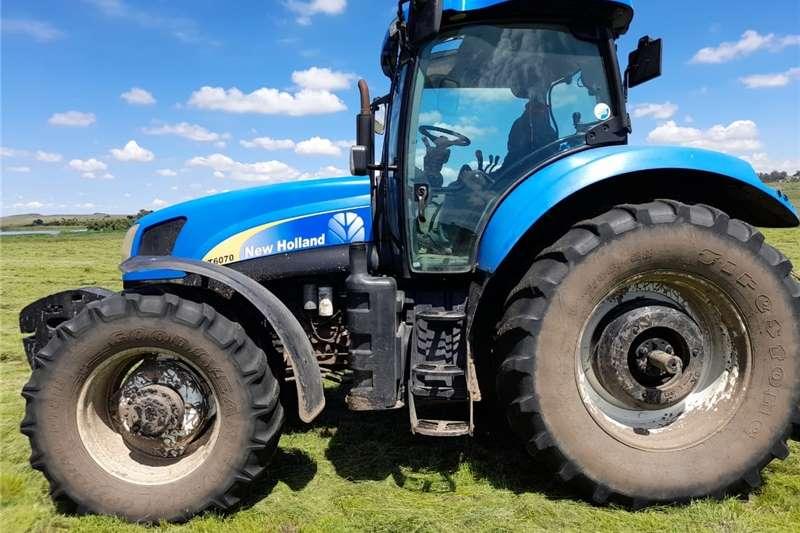 4WD tractors New Holland T6070 4x4 Tractors