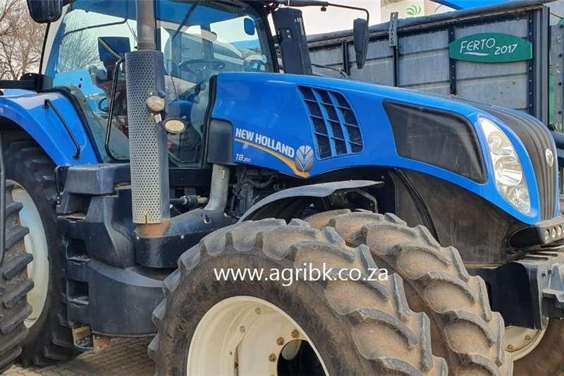 4WD tractors New Holland T8.350 Tractors