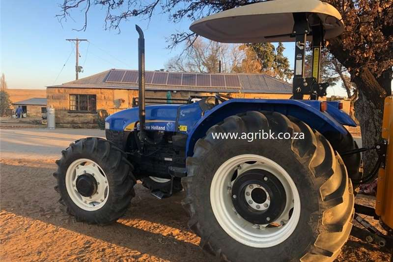 4WD tractors New Holland TD90 Tractors