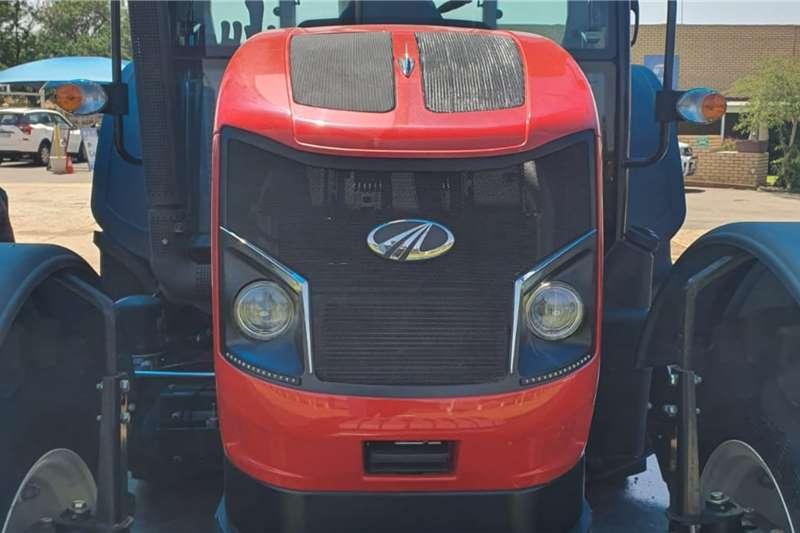 4WD tractors New Mahindra 1104 Cab Tractor Tractors