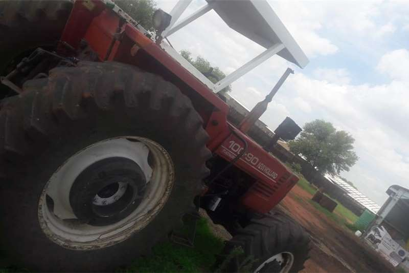 4WD tractors Tinus Steyn Tractors
