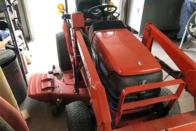 Tractors Compact tractors BX2200 DIESEL