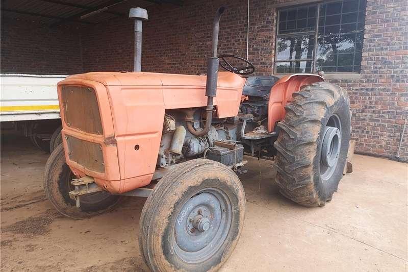 Tractors Compact tractors Fiat 680 Tractor