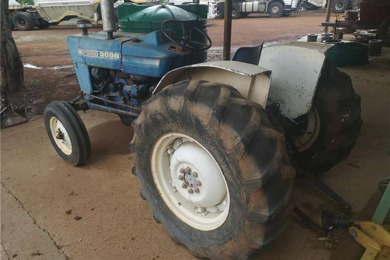 Tractors Compact tractors Ford 3000