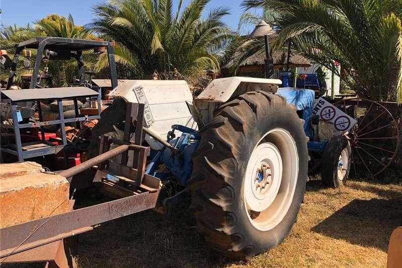 Tractors Compact tractors Ford 4000 Tractor