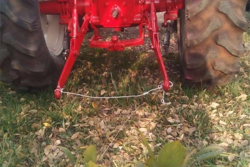 Tractors Compact tractors International Tractor