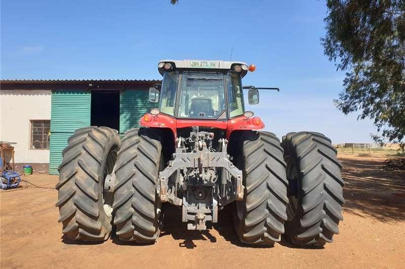 Tractors Compact tractors Massey Ferguson Tractor 7724.