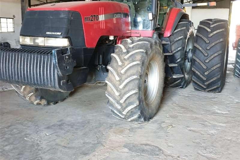 Tractors Four wheel drive tractors CASE MX270