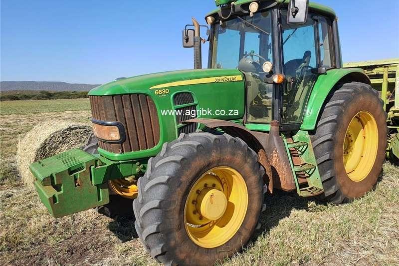 Tractors John Deere 6630 Premium Cab 2012