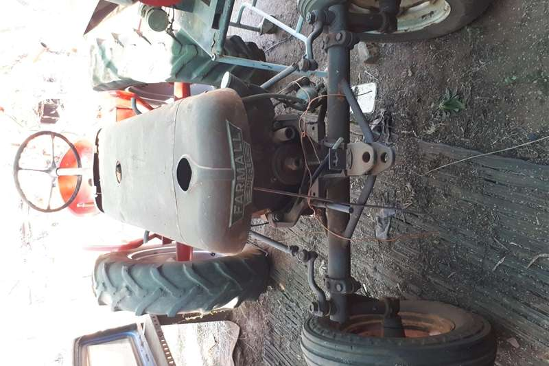 Tractors Other tractors Farmall Diesel DGD 4