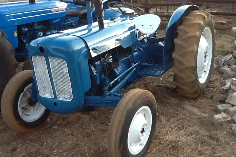 Tractors Other tractors fordson dexta tractor