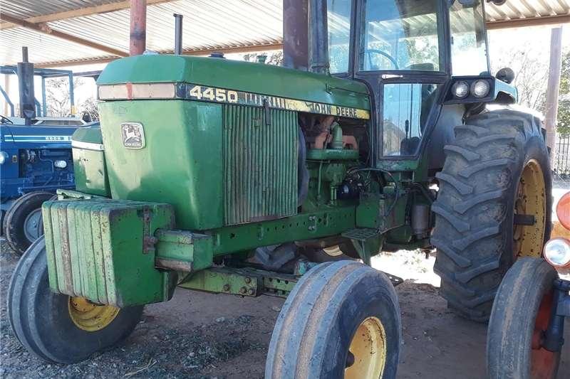 Other tractors John Deere 4450 Trekker Tractors