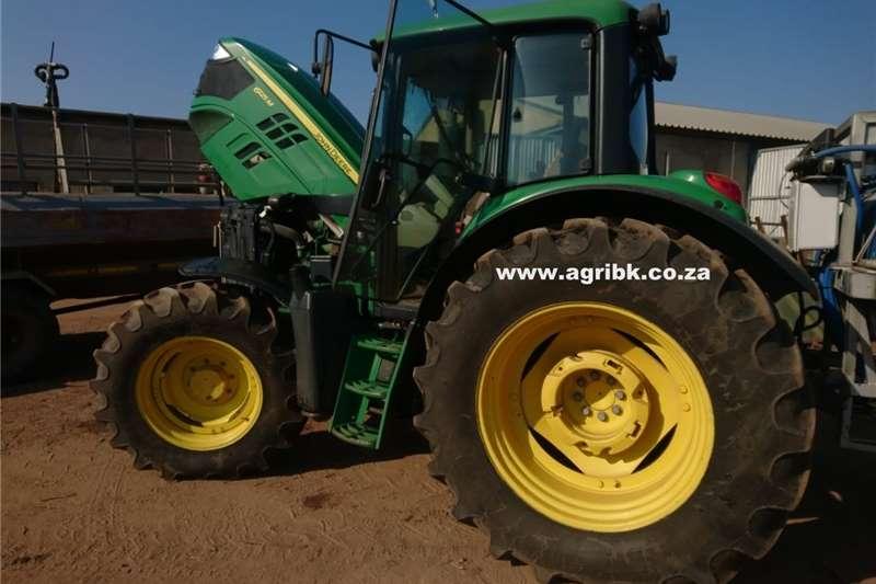 Tractors Other tractors John Deere 6125 M 2015