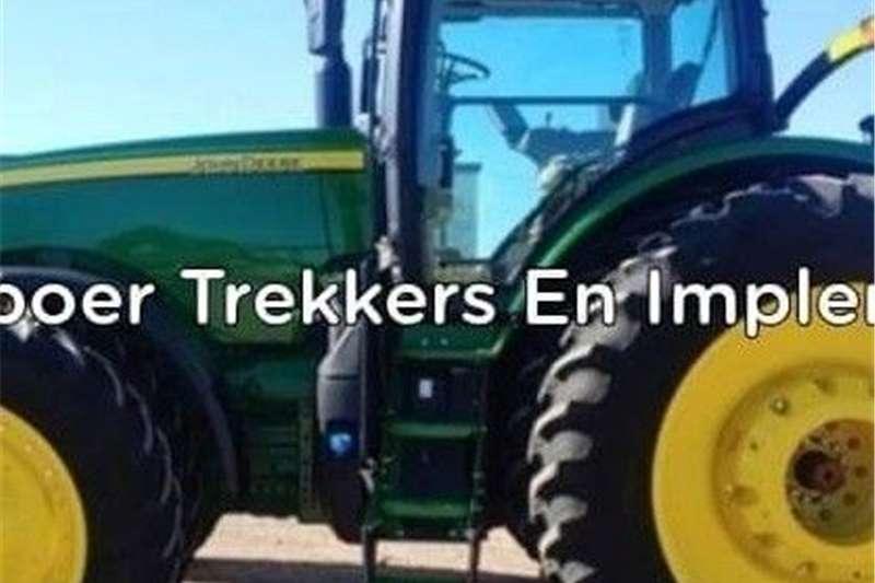 Other tractors John Deere 8400R Trekker Tractors