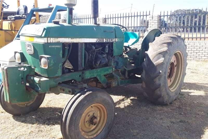 Other tractors John Deere Tractor 1641 Tractors