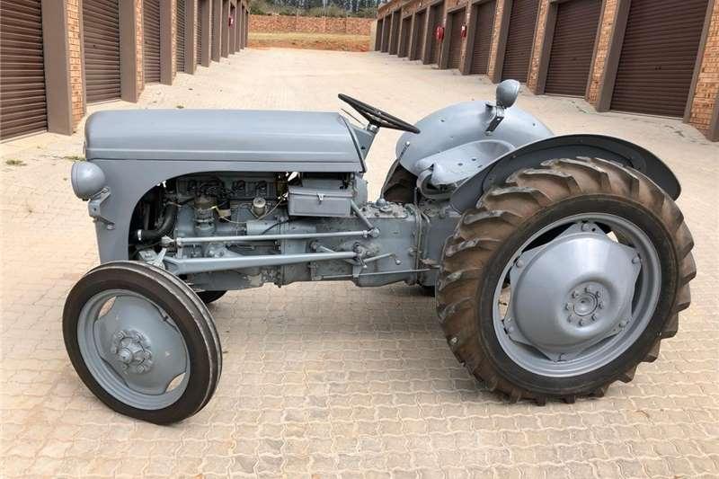 Other tractors Massey Ferguson Tractors