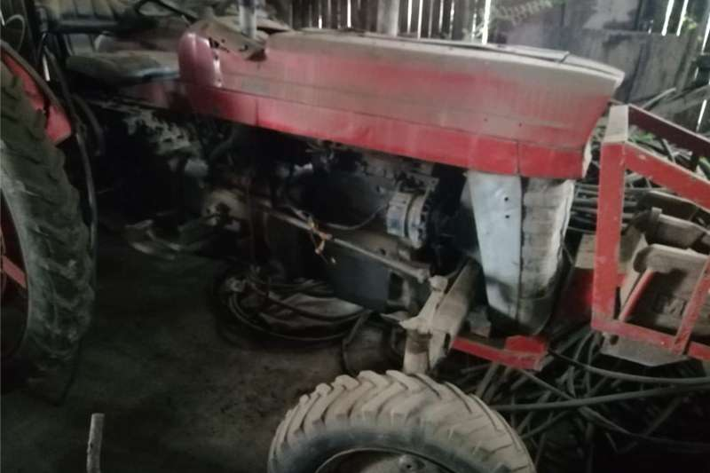 Tractors Other tractors Masssey Ferguson 135 – x2 beskikbaar