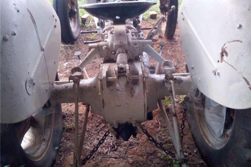 Other tractors Vaaljapie Massey Ferguson Tractors