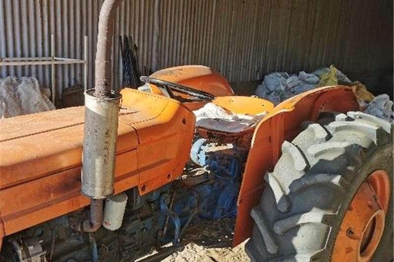 Tractors Tracked tractors Fiat 550