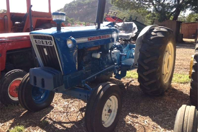 Tractors Two wheel drive tractors Blue Ford 5000 51kW/69Hp 2x4