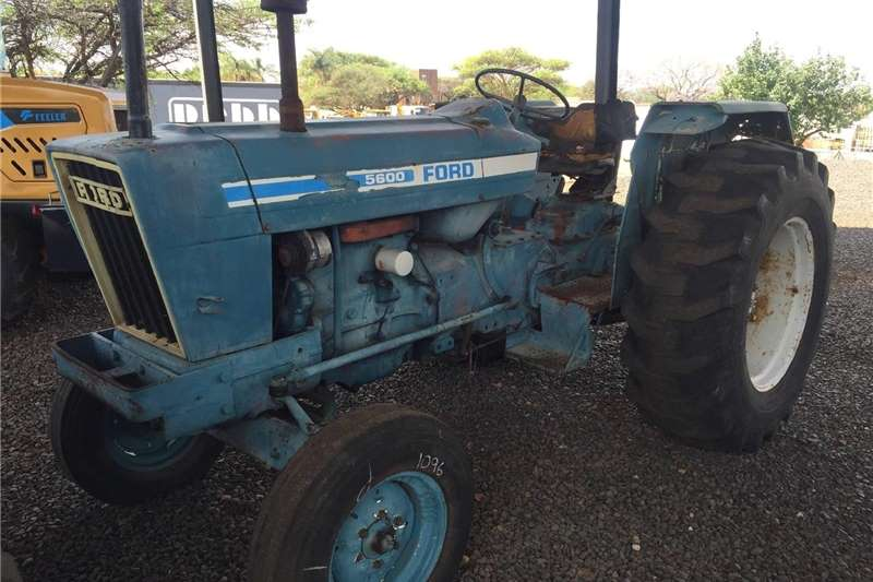Tractors Two wheel drive tractors Ford 5600 Pre Owned Tractor