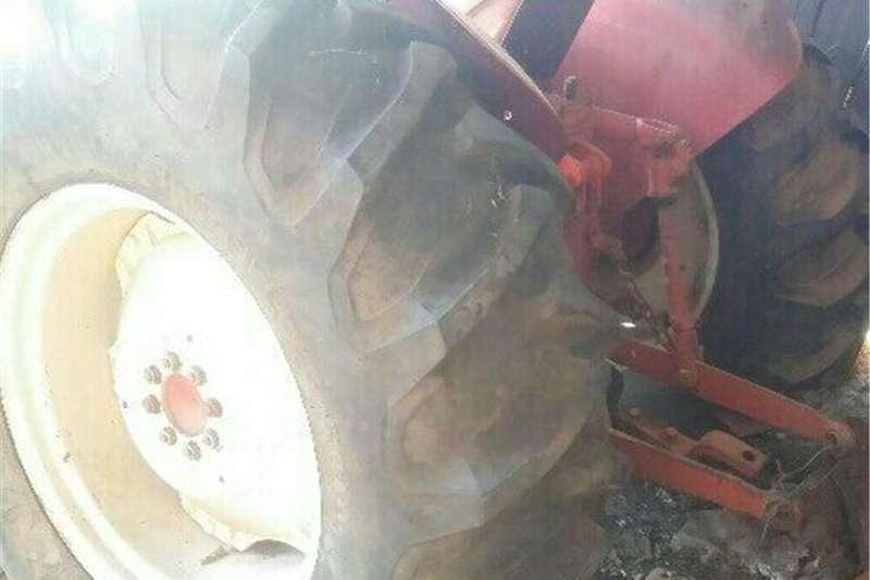 Tractors Two wheel drive tractors internatiinal