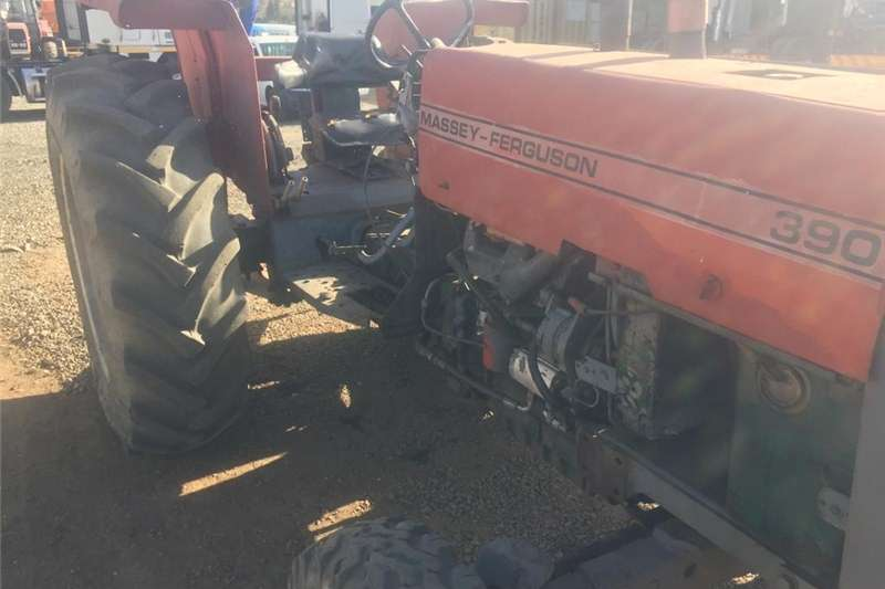 Tractors Two wheel drive tractors MASSEY FURGUSON 390