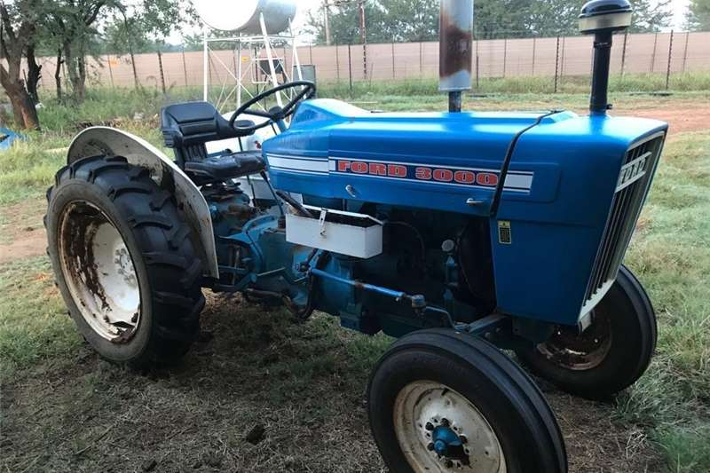 Tractors Utility tractors Ford 3000 for sale