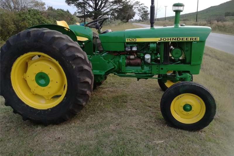 Tractors Utility tractors John Deere 1120 Tractor