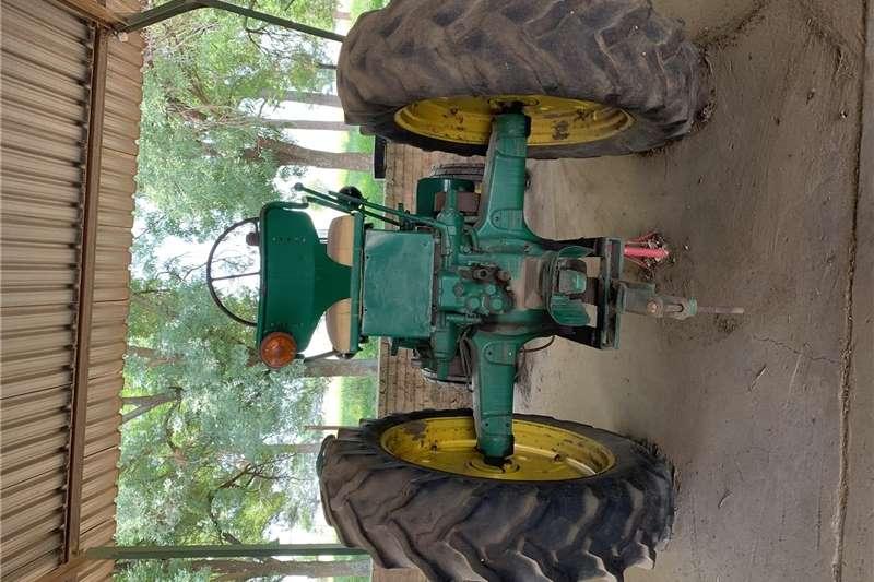 Tractors Utility tractors John Deere tractor