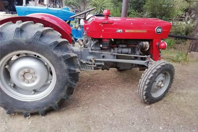 Tractors Utility tractors Massey Ferguson 135