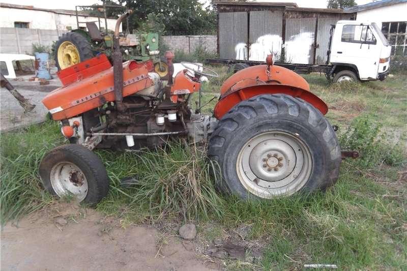 Tractors Utility tractors Massey Ferguson 135 needs repairs
