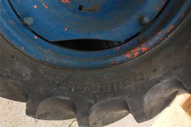 Retread tractor tyres Tyres