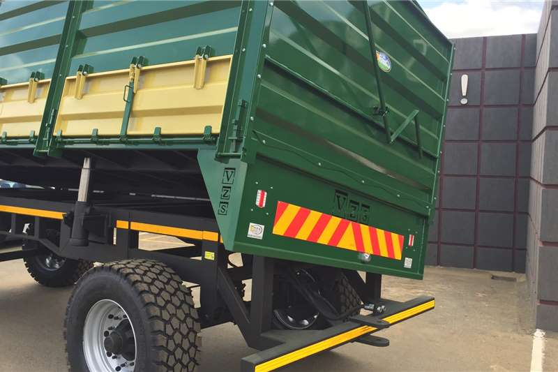 Van Zyl Staalwerke Tipper trailers SIDETIPPER 20T | V019 Agricultural trailers