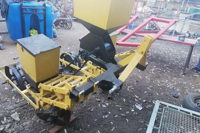 Vincs Planting and seeding equipment Drawn planters 2 Row Planter 2012