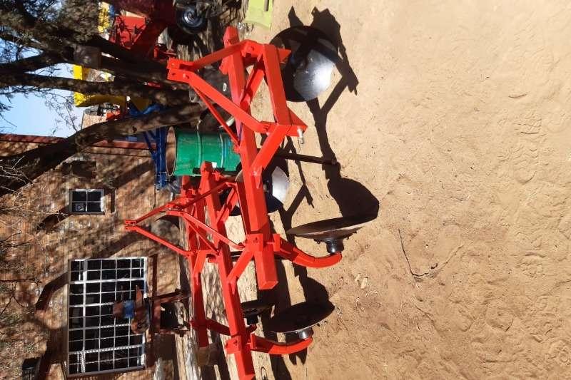 Vincs Ploughs Chisel ploughs 2meter operters