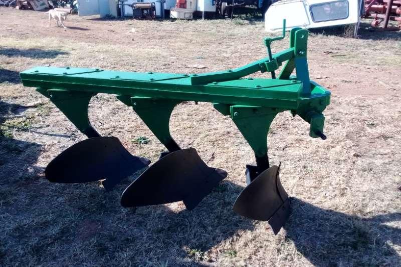 Vincs Ploughs Mouldboard ploughs 3 Skaar Ploeg 2015