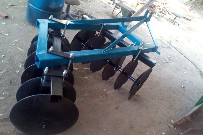 Vincs Tillage equipment Ploughs 12 Disc Offset
