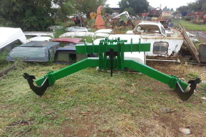 Vincs Tillage equipment Rippers 3 Tand Ox V Ripper 2012