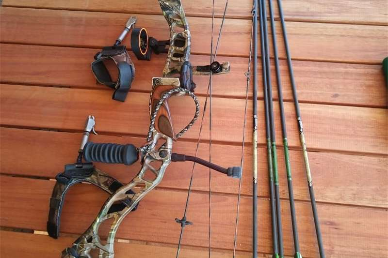 Wildlife and hunting Bows 2008