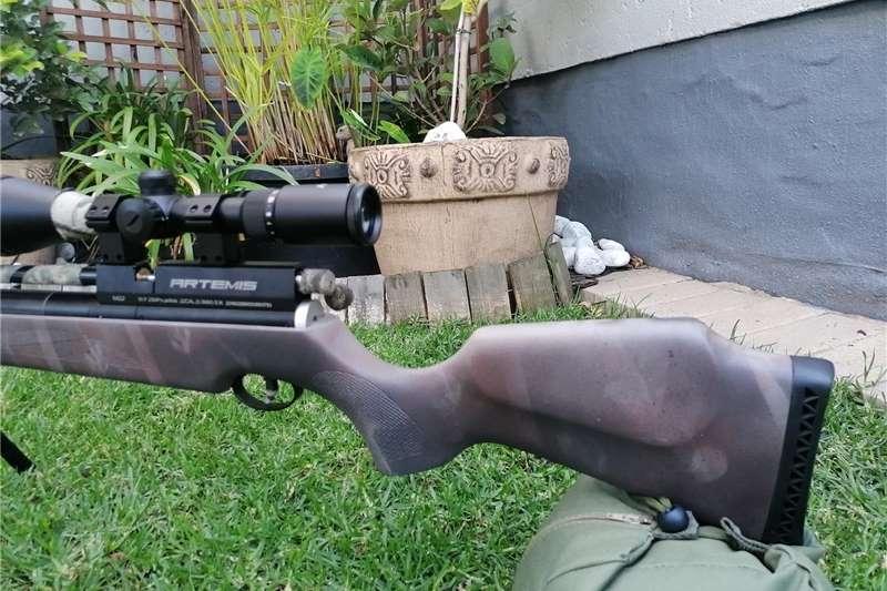 Guns and rifles Wildlife and hunting