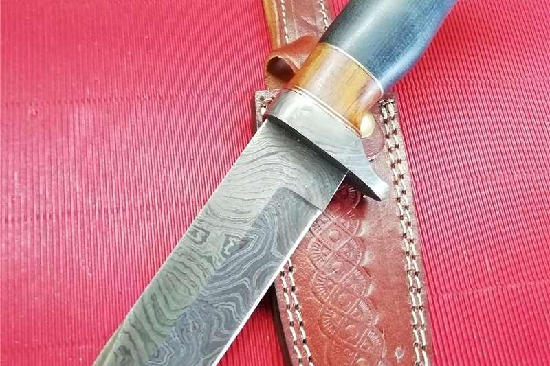 Wildlife and hunting Hunting knives