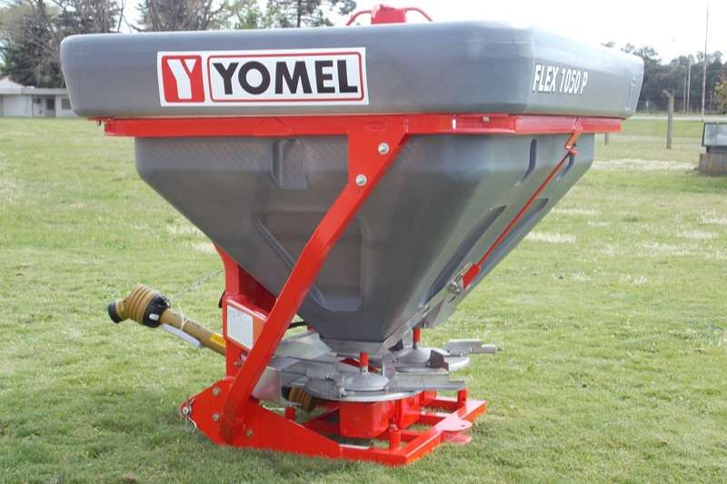 Yomel Spreaders Fertiliser spreader * Yomel Flex 1050 P Mounted Fertilizer Spreader *
