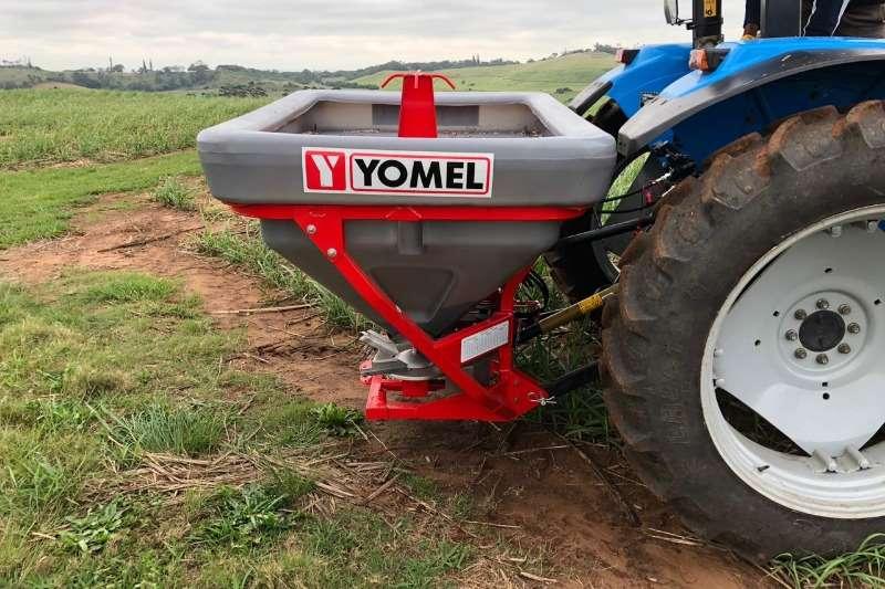 Yomel Fertiliser spreader * Yomel Flex 1050 P Mounted Fertilizer Spreader * Spreaders