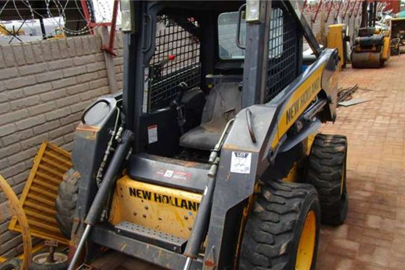 ADE Skidders New Holland L160 Skid Steer