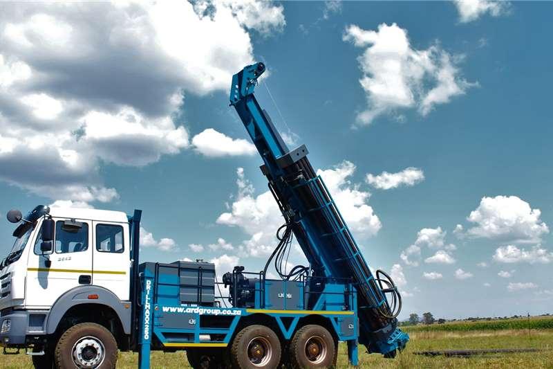 Aqua Rock DRILLMAXX 250 POWERSTAR 6X4 TRUCK MOUNTED RIG Drill rigs