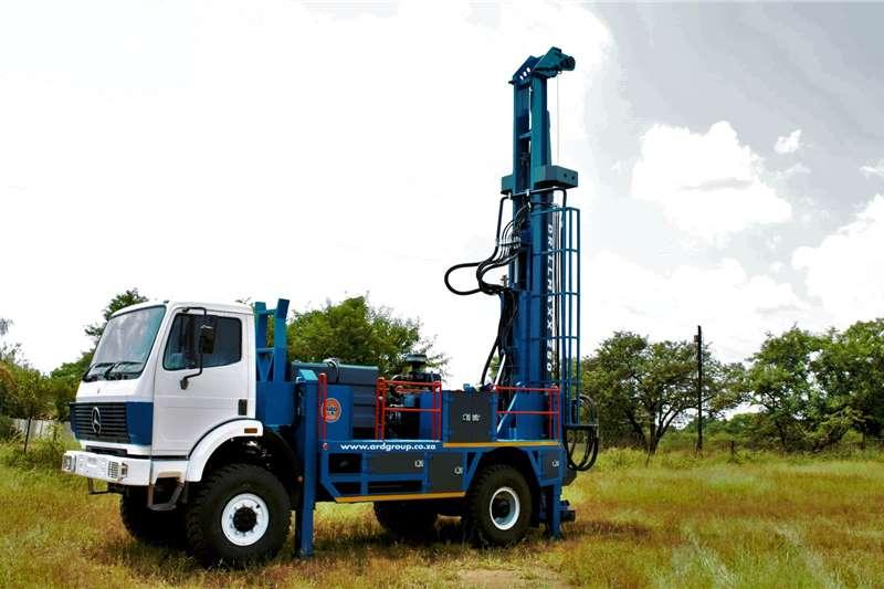 Aqua Rock Drill rigs DRILLMAXX250 4X4 TRUCK MOUNTED DRILL RIG 2020