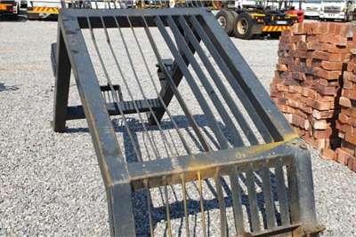 Attachments Excavator Screen & Driver Protector Bumper