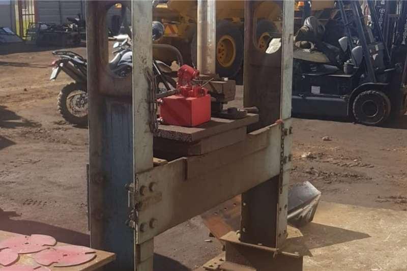 Attachments Hydraulic Press