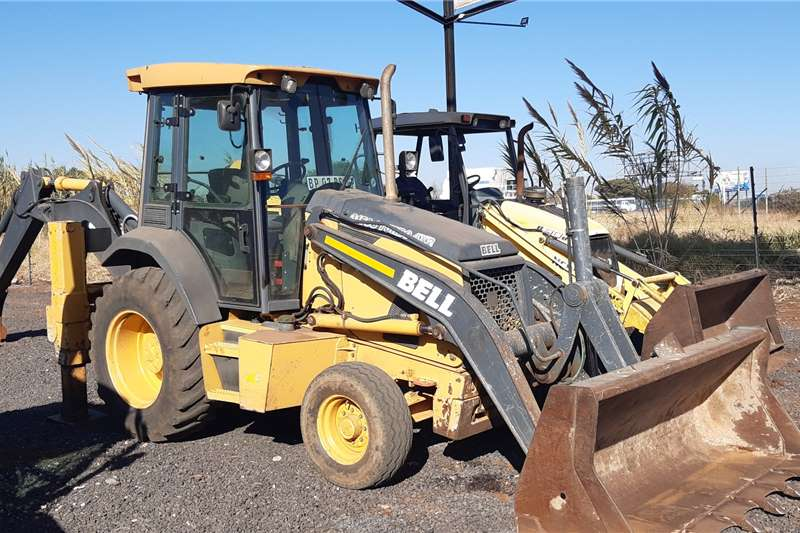 Bell Backhoe loader 315SJ 4X2 2011